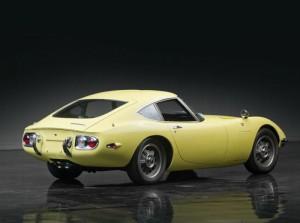 003-1967-toyota-2000gt